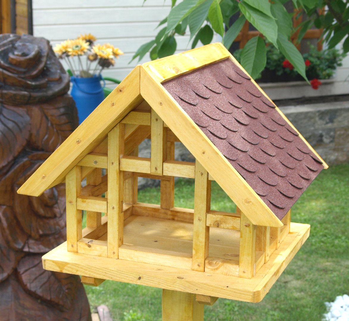 Xl fachwerk vogelhaus mit roten schindeldach karl hufeld for Was ist fachwerk